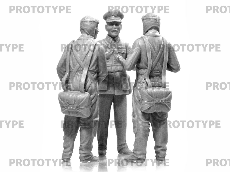32115_WWII China Guomindang AF Pilots_master_models_ICM (3)