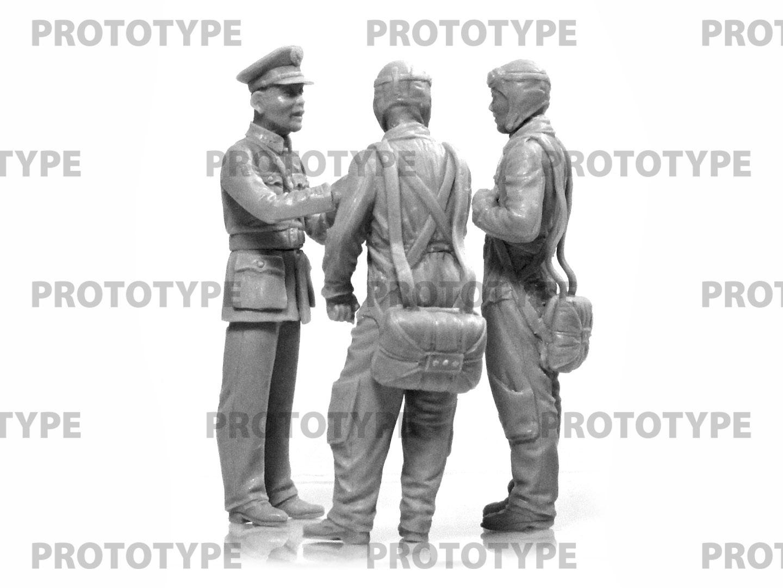 32115_WWII China Guomindang AF Pilots_master_models_ICM (4)