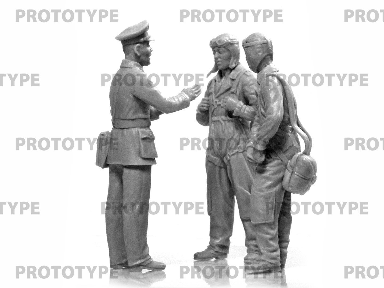 32115_WWII China Guomindang AF Pilots_master_models_ICM (5)