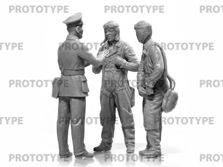 32115_WWII China Guomindang AF Pilots_master_models_ICM (6)
