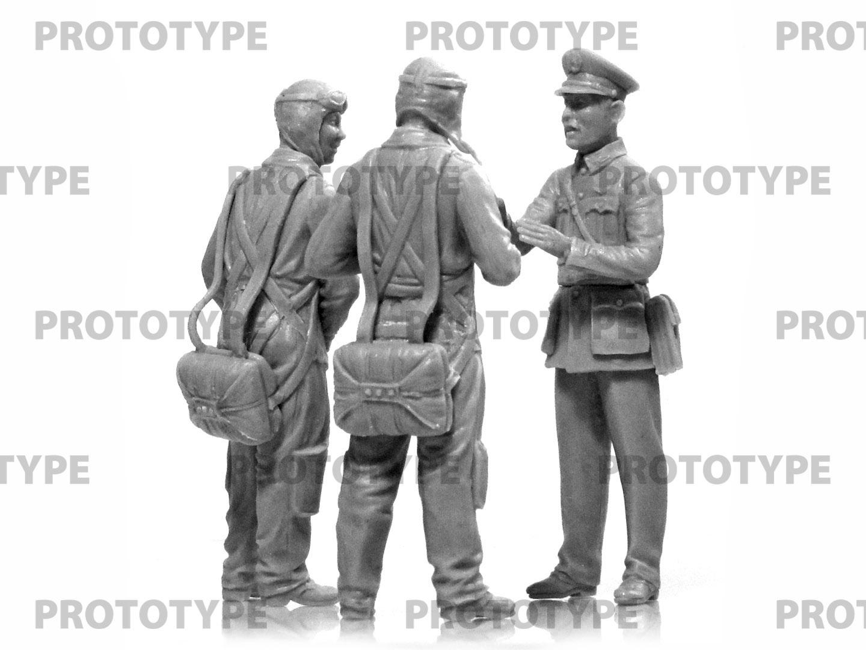 32115_WWII China Guomindang AF Pilots_master_models_ICM (9)