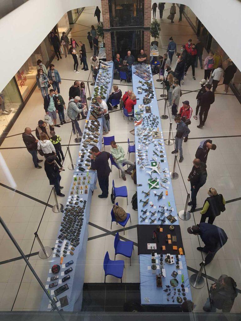 exhibitions 1i 2